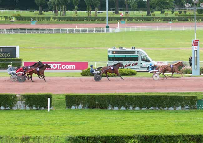 PMU Résultat de la course PRIX DU JARDIN DES PLANTES - 13 juill. 2016 Canalturf