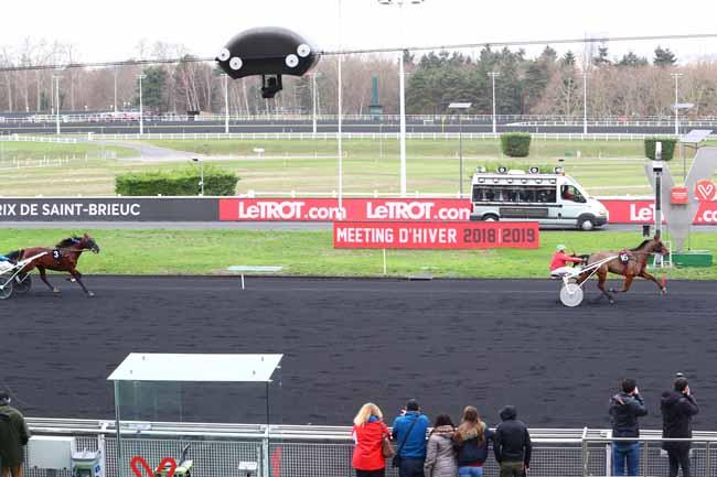Photo d'arrivée de la course pmu PRIX DE SAINT-BRIEUC à PARIS-VINCENNES le Mercredi 2 janvier 2019