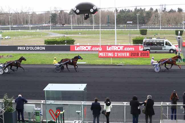 Photo d'arrivée de la course pmu PRIX D'OLORON à PARIS-VINCENNES le Lundi 11 février 2019
