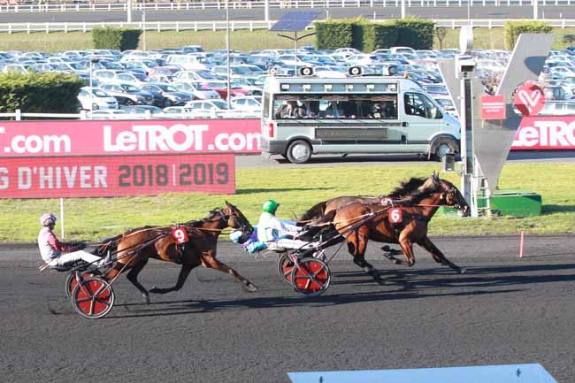 Photo d'arrivée de la course pmu PRIX COMTE PIERRE DE MONTESSON à PARIS-VINCENNES le Dimanche 17 février 2019