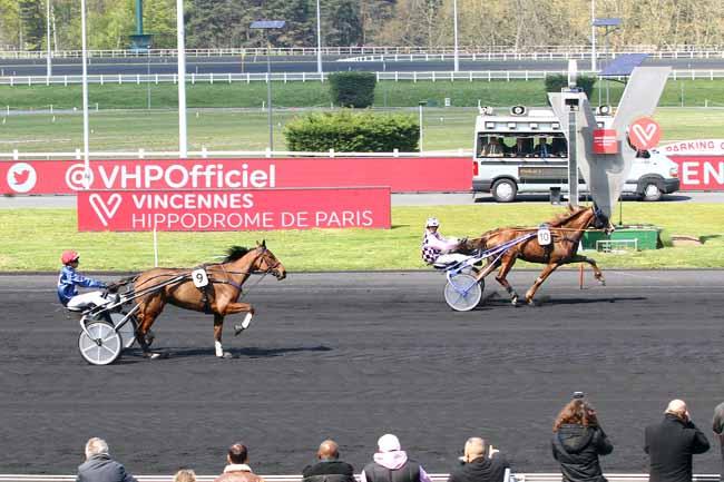 Photo d'arrivée de la course pmu PRIX DE CHELLES à PARIS-VINCENNES le Samedi 13 avril 2019