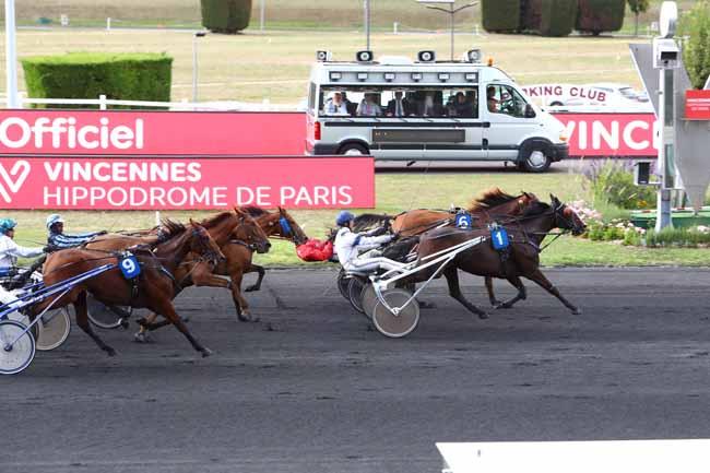 Photo d'arrivée de la course pmu PRIX DE CORBEIL à PARIS-VINCENNES le Samedi 7 septembre 2019