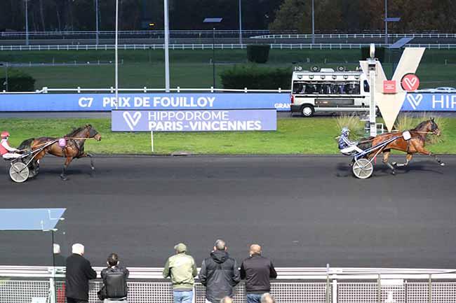 Photo d'arrivée de la course pmu PRIX DE FOUILLOY à PARIS-VINCENNES le Mercredi 28 octobre 2020