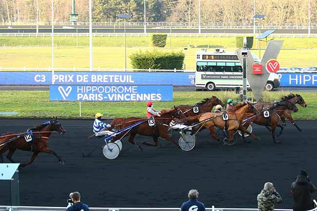 Photo d'arrivée de la course pmu PRIX DE BRETEUIL à PARIS-VINCENNES le Samedi 9 janvier 2021