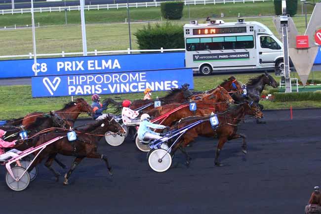 Photo d'arrivée de la course pmu PRIX ELMA à PARIS-VINCENNES le Jeudi 4 février 2021