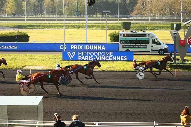 Photo d'arrivée de la course pmu PRIX IDUNNA à PARIS-VINCENNES le Vendredi 2 avril 2021