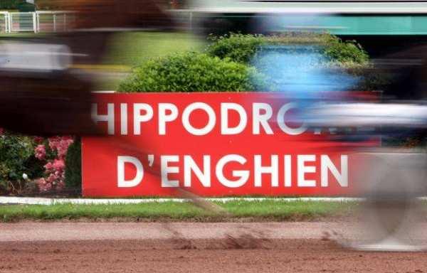 La photo de Hippodrome Enghien Arrivee