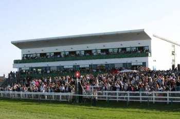 Photo Yarmouth tribunes hippodrome