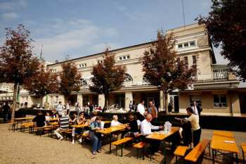 Photo Krefeld espace restauration extérieur