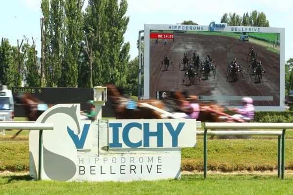 La photo de Hippodrome Vichy