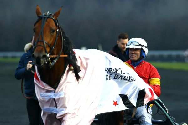 La photo de Readly Express Quinté+ PMU PRIX TENOR DE BAUNE à Paris-Vincennes, Björn GOOP