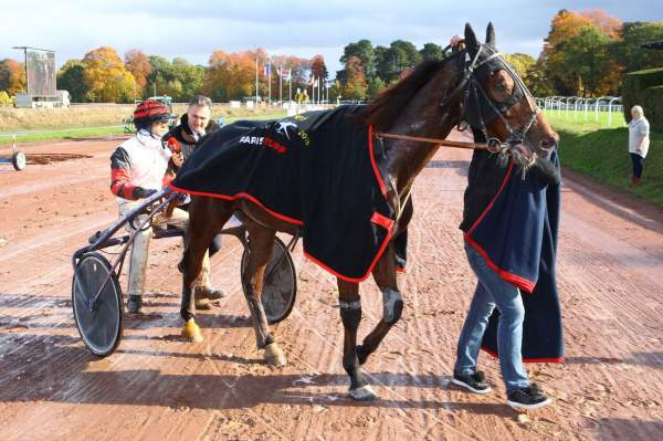 La photo de Cleangame Quinté+ PMU 12eme étape du  GRAND NATIONAL DU TROT PARIS-TURF à Nantes