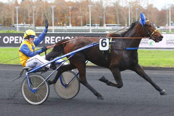 La photo de FAVORITE FLIGNY