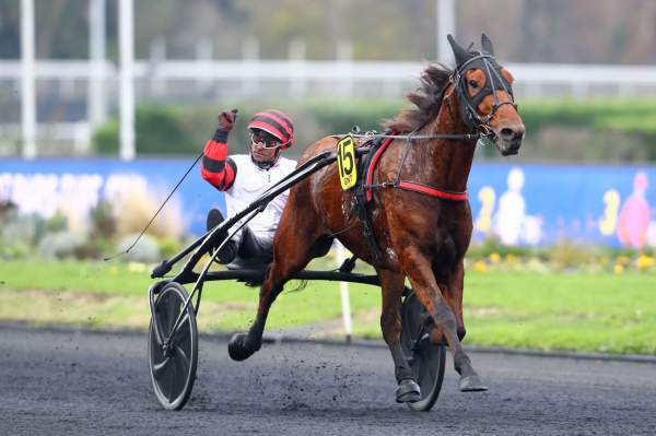 La photo de Cleangame Quinté+ Pmu Finale Grand National du Trot Paris-Turf 2019 à Paris-Vincennes