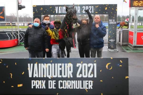 La photo de Bahia Quesnot Arrivée Quinté PMU Prix de Cornulier Hippodrome de Vincennes 24/01/2021